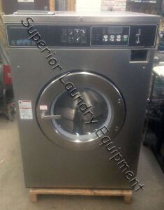 Speed Queen Sc50nc2 Washer extractor 50lb Coin 220v 3ph Reconditioned