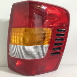 2003 2004 Jeep Grand Cherokee Rh Right Passenger Side Tail Light Oem 03 04 Shiny