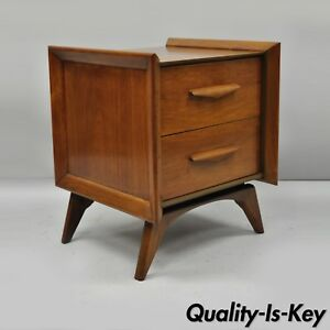 Mid Century Modern Sculpted Walnut Nightstand End Table Vladimir Kagan Style