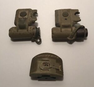 US Military Issue Surefire Tactical LED Helmet Lights And One Mount Untested
