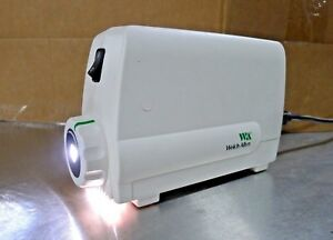 Welch Allyn 49501 Solarc Surgical Light Source Pre owned