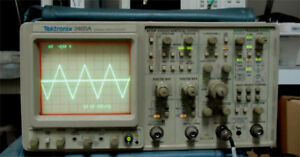 Tektronix 2465a 350 Mhz 4 channel Oscilloscope Take Signal At 4 Channel