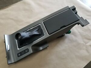 2010 2014 Ford Mustang Gt Cs Boss 302 Manual Console Inner Lid Cup Holder Oem