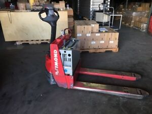2012 Raymond Electric Pallet Jack 102t f45l Walkie With Built In Charger