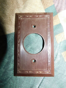 Antique Vintage Round Single Outlet Cover Plate Dark Brown Bakelite