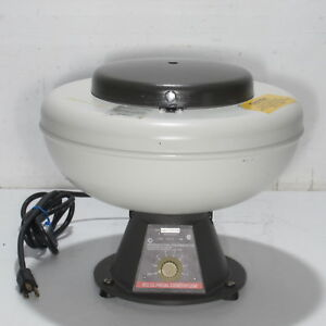 Iec Cl Clinical Centrifuge With 211 Rotor And 12 88 71 Gms Buckets