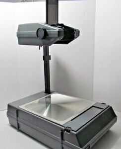 3m Compact Portable Overhead Projector Model 2000 Briefcase