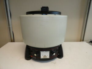 Damon Iec Hn sii Bench Top Centrifuge With Rotor Cat No 320 And