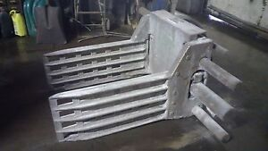 Forklift Attachment Bale And Carton Clamp