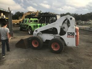 Bobcat S250 Skid Steer Kubota Bob Cat Wheel Loader Kubota Diesel Engine Tractor