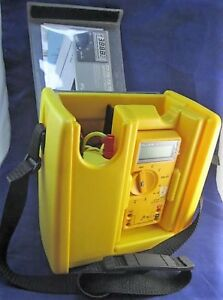 Fluke 23 Series 2 Multimeter Vol con Tester With Cables Probes Hard Case