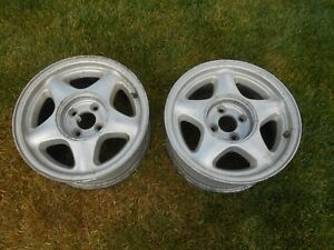 87 93 Ford Mustang 4 Lug 16 x7 Star Used Factory Oem 2 Pieces Only