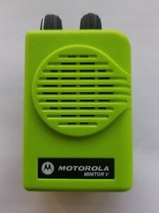 Motorola Minitor V Voice Pager Vhf Apex Green Housing A03kms9239bc W Charger
