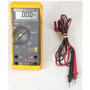 Fluke 73 Series Iii Digital Multimeter 600v Cat Ii 10a With Leads Probes Ac Dc