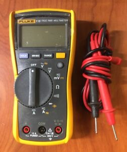 Fluke 115 True Rms Multimeter With Leads Probes Ac dc