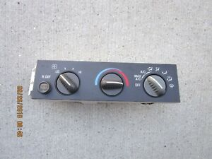 02 07 Chevy Express 1500 2500 A C Heater Climate Temperature Control 25753628