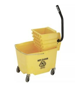 26 35 Quart Mop Bucket And Wringer Combo Brand New
