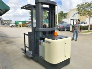 2001 Crown Electric Order Picker Stock Picker Sp3000 Height 95 210 3 000 Lb