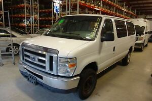 Automatic 5r110w Transmission Out Of A 2008 Ford Van E350 5 4l With 74 379 Miles