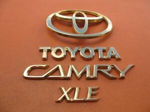 02 03 04 05 06 Toyota Camry Xle Rear Lid Gold Emblem Logo Badge Sign Oem Set