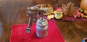 Sharpe Model Spray Gun With Sharpe 450 Cup Assembly Gauge