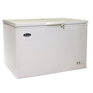 Atosa Mwf9010 9 6 Cu Ft Solid Top Chest Freezer W White Coated Exterior