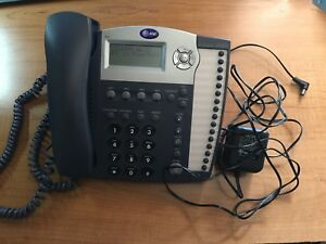 Att At t Small Business System Phone Model 945 With Power Supply Base