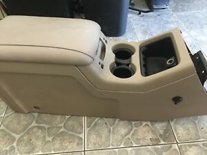 2004 Expedition Center Console
