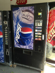Vendo 407 7 Soda Vending Machine W coin Bill Accept pepsi