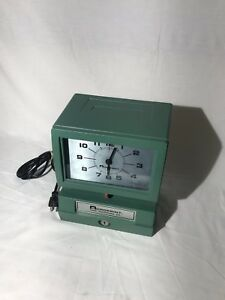 Vintage Acroprint Time Clock Recorder Model 125nr4 No Keys