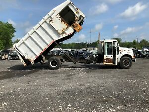 1999 International 4900 Sur pac Side Loader Garbage Trash Truck