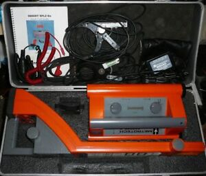 Metrotech 9800xt Utility Line Pipe Locator Receiver Transmitter With Case