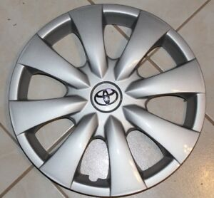 4 Toyota Yaris 2006 To 2012 Hubcaps 4 New Factory Original 15 Chrome Emblem