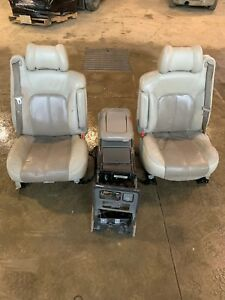 Oem 2002 Gmc Yukon Seats W Arm Rest Belt Clip And Center Console