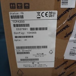 Tektronix_tcpa300 Ac dc Current Probe Amplifier Opt A1 new