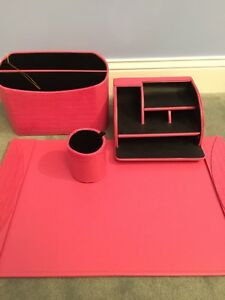 Pink 4 Pc Pink Leatherette Desk Set Blotter Organizer File And Pencil Cup