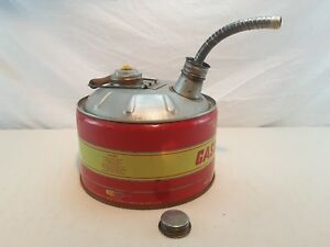 Vintage 2 5 Ga Steel Gasoline Gas Can Vented W Screened Flexible Spout Huffman