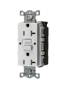 Hubbell Gfrst20snapw Gfci Self Test Snapconnect Outlet And Plate N12 Lot Of 5