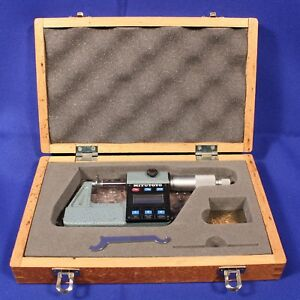 Mitutoyo Digimatic Digital Disc Type Micrometer 323 311 0 1 0001 Grad W box