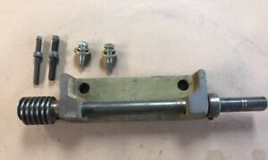 Powermatic 66 Table Saw Tilt Bracket Worm Drive Shaft With Mounting Hardware
