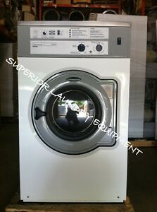 Wascomat W630 30lb Front Load Washer 220v 3ph White Reconditioned