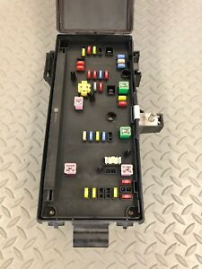 08 09 Dodge Ram Tipm Totally Integrated Power Module Fuse Box 68028002ad