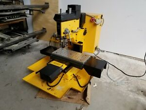 Dyna Myte 2400 15a 120v Hobby Benchtop Mini Cnc Milling Machine As is