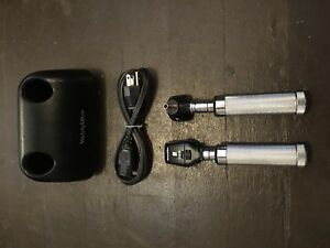 Welch Allyn Otoscope 25020a 11720 With Charging Base 7114x