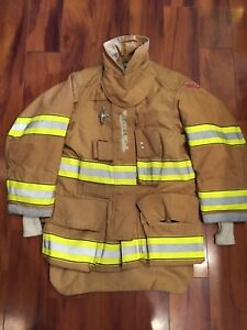 Firefighter Globe Turnout Bunker Coat 34x29 G xtreme 2007 No Cut Out