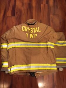 Firefighter Globe Turnout Bunker Coat 47x32 G xtreme Costume 2006 No Cut Out
