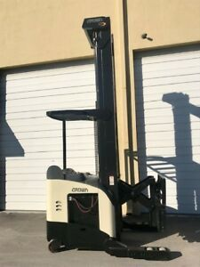 2007 Crown Electric Reach Truck Rr5200 366 And Deka 36 Volt Load Tested Battery