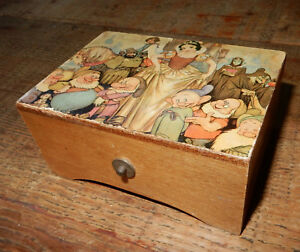Disney Snow White The 7 Dwarfs Music Box Made In Switzerland Vintage Antique