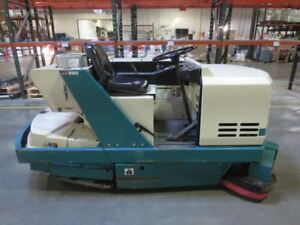 Tennant 528 Floor Sweeper Being Sold as Is used fa10101687