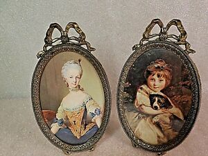 2 Vintage Ornate Oval Brass Picture Frames Italy Embossed Barbola Metal Bow